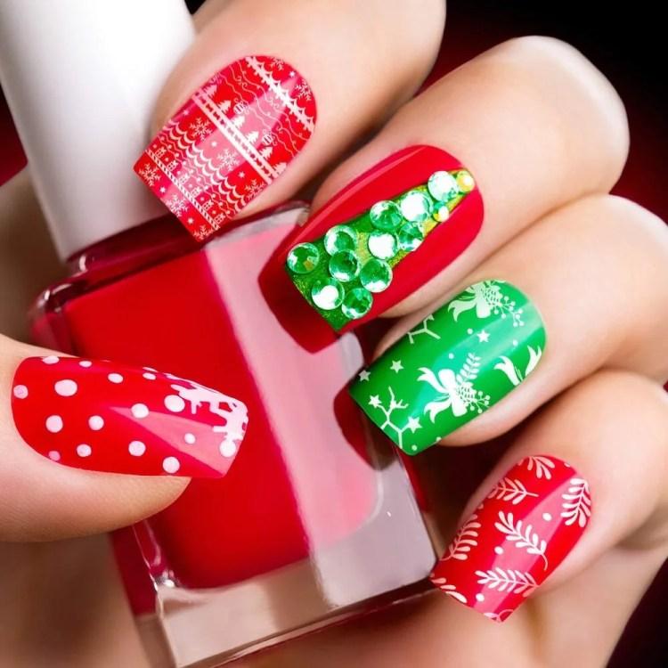 Uñas de Navideñas de Navidad 2021 Color verde y rojo