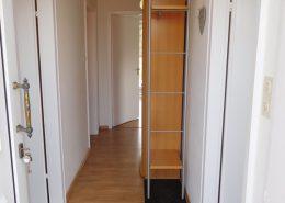 Der Flur von der Robbenbank 5, mit blick auf dem Garderobenschrank.