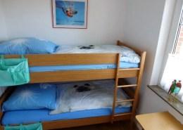Kinderzimmer mit Etagenbett.