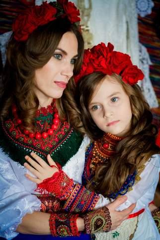 Мама и дочка, они так похожи - Непоседы текст песни и ...