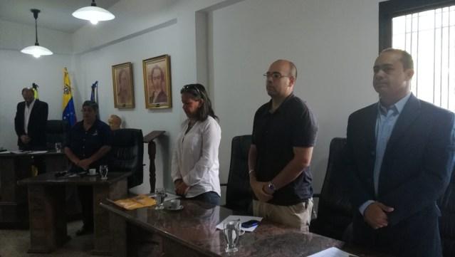 """Cámara Municipal de Los Salias aprobó acuerdo de duelo y calificó de """"asesinato"""" muerte de Albán"""
