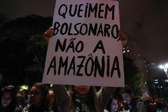 Capitales europeas y latinoamericanas protestan contra Bolsonaro por Amazonía