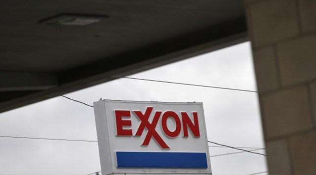 Exxon Mobil Corp prohíbe el uso de cargueros ligados al petróleo venezolano en el último año