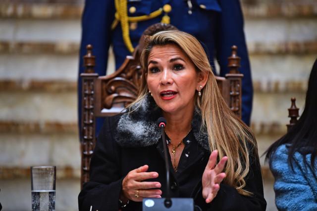Presidenta Áñez anuncia que convocará a elecciones en Bolivia en las próximas horas