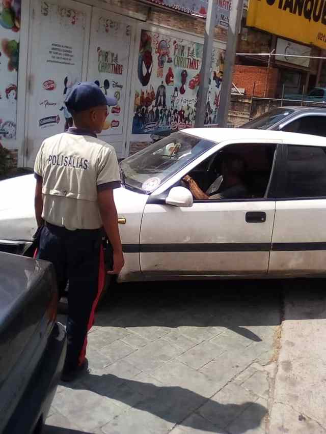 Polisalias pone mano dura a conductores infractores