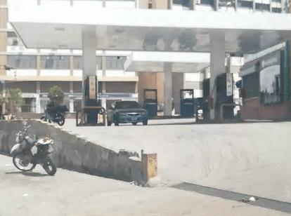 DATO: Al menos dos gasolineras se encuentran operativas en Caracas #20Mar