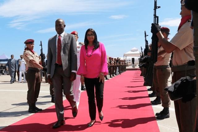 Ministro de Trinidad y Tobago renunció tras negarse a participar en negocios vinculados con el régimen