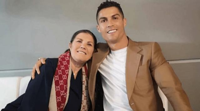 Dolores Aveiro a Cristiano: «Antes de morir quiero verte en el Sporting»
