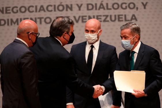 Nueva jornada en México: Un juego real de política