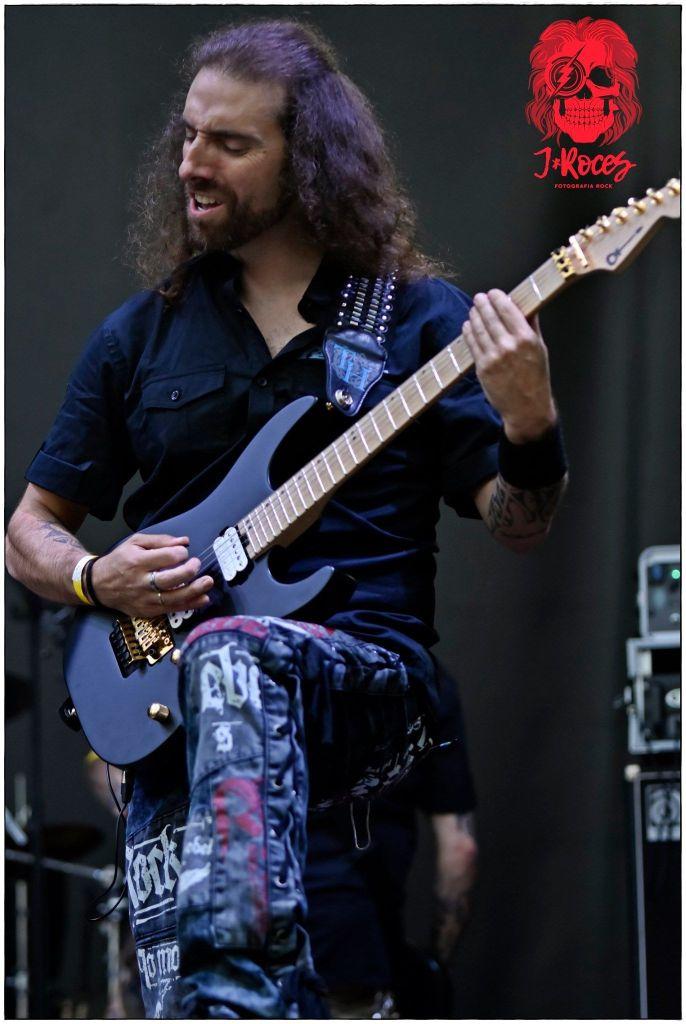 Guitarrista de Reveal