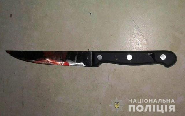 Поссорились из-за пьянок: жительница Одесской области зарезала своего мужа