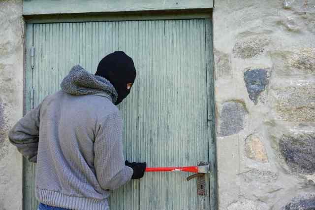 В Одессе воры обокрали два дома на соседних улицах