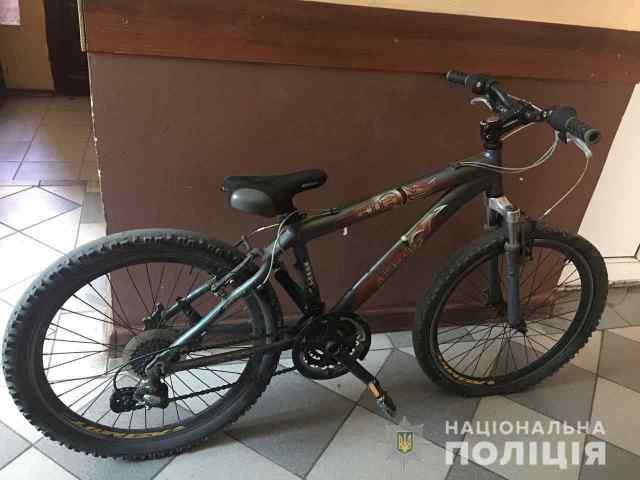 Одессит, который угрожал подростку игрушечным пистолетом и украл у него велосипед, получил условный срок