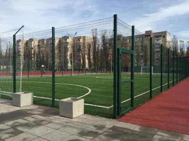 В Одессе завершили капремонт школьного стадиона на Черемушках. Фото