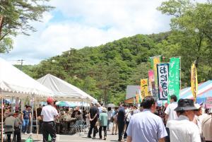 【6月15日(土)16日(日)】おおさき食楽まつり2019|深緑の鳴子峡を会場に,大崎市の宝めしの一つである「なる子ちゃんこ鍋」をはじめ、県内外のご当地グルメを味わう