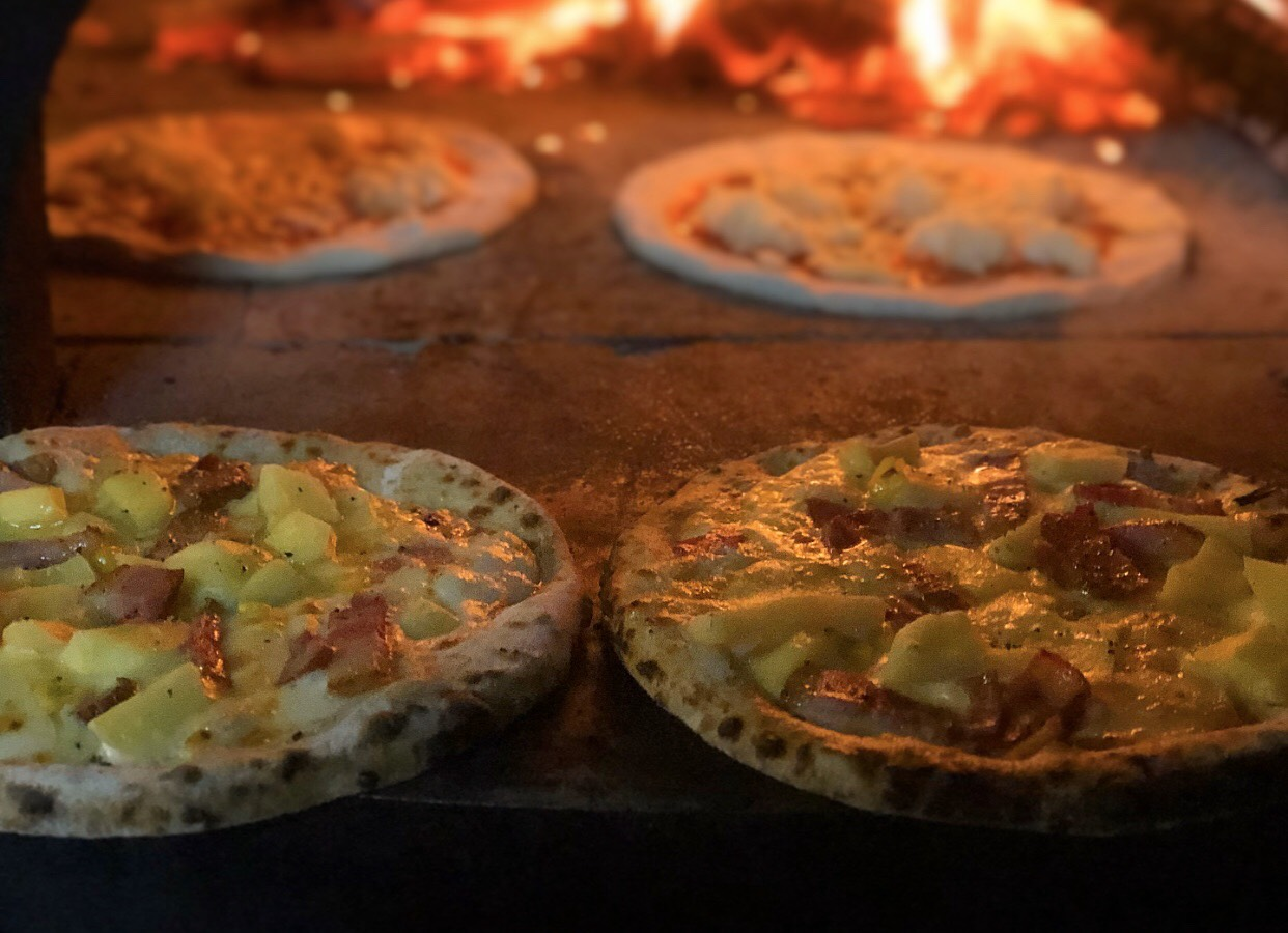 窯焼きピッツァ移動販売キッチンカー・ハイジ|#コロナに負けないで!#宮城のテイクアウトキャンペーン