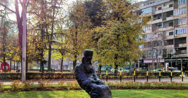 О спорној скулптури патријарха Павла