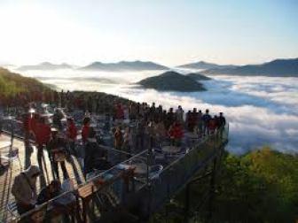 星野リゾートトマムザ・タワー雲海
