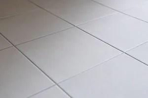 床は「きれいサーモフロア」と「サーモタイル」でスパージュは冬でも寒くない!