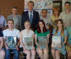 Встречаем первых выпускников бакалавриата «Лазерная техника и лазерные технологии» УрФУ