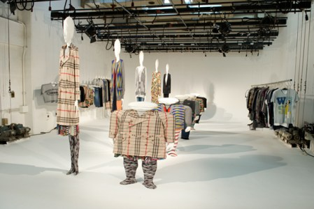 ANREALAGE2010aw01