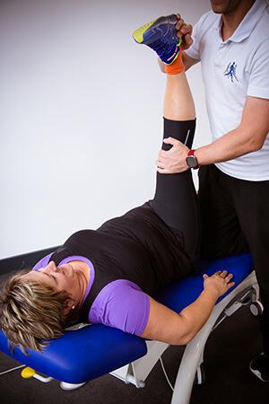 Persönliches KörperManagement - Personal Training neu gedacht - Dehnübung - Physiotherapie