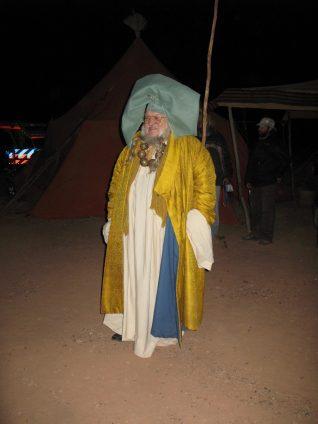 George R. R. Martin como Illyrio Mopates en el rodaje de Game of Thrones o Juego de Tronos