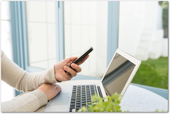iPhone初期化した後のLINE復元方法とは?iCloudやパソコンでiTunesにバックアップを!