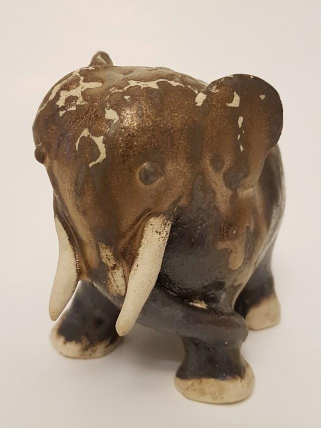 K595-2019 Elefant Mangan Kobber Oxyd GE