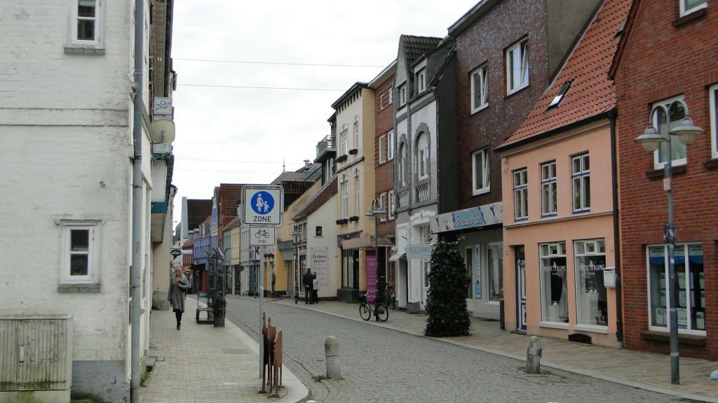 Husum atrakcja turystyczna Północnych Niemiec - uliczki Starego Miasta