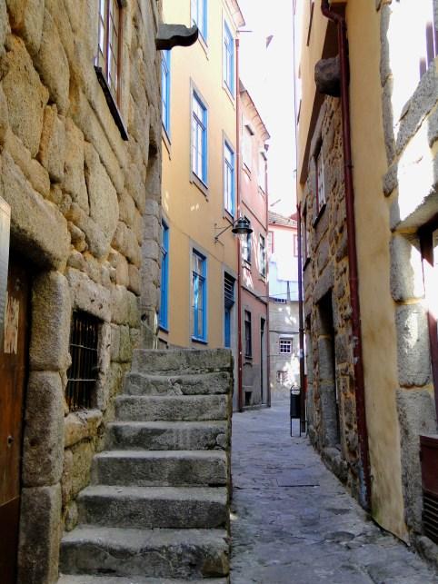 Co warto zobaczyć w Porto? - uliczki dzielnicy Ribeiria