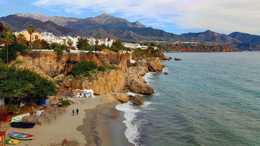 Co warto zobaczyć w Nerji i okolicy - widok z Balcon de Europa