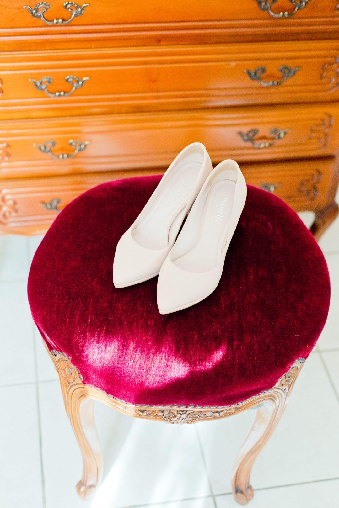 Chaussures de mariée, talon, escarpins beiges, mariage