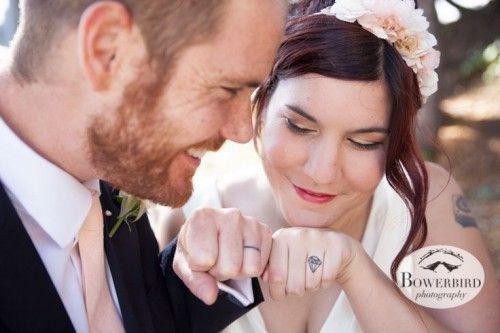 Un tatouage pour son alliance de mariage