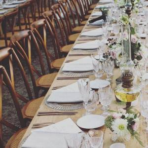 Mobiliers mariage, chaises bistrot, mariage