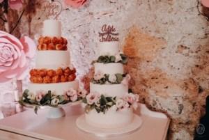 wedding cake et pièce montée, pièce montée, wedding cake béziers, pâtisserie béziers, gâteau mariage béziers, gâteau mariage Narbonne, wedding cake pâte à sucre blanc, pièce montée mélangée au wedding cake