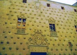 Kastilien Salamanca Casa de las Conchas (1)