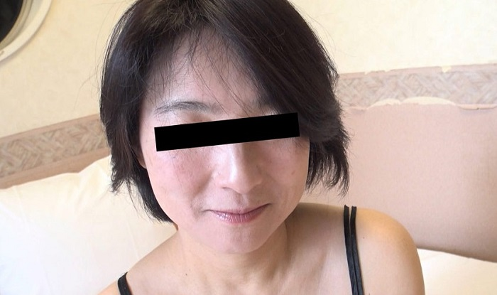>ごっくんする人妻たち 搾り立ての良質な精子が好きなおばさん 沢舞桜 45歳 パコパコママ 熟女 人妻