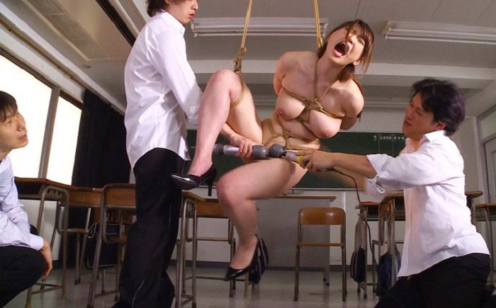 麻縄実習で生徒達の性欲を満たす清楚な肉便器女教師 井上瞳