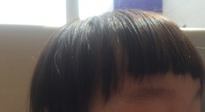 子供の眉毛の画像