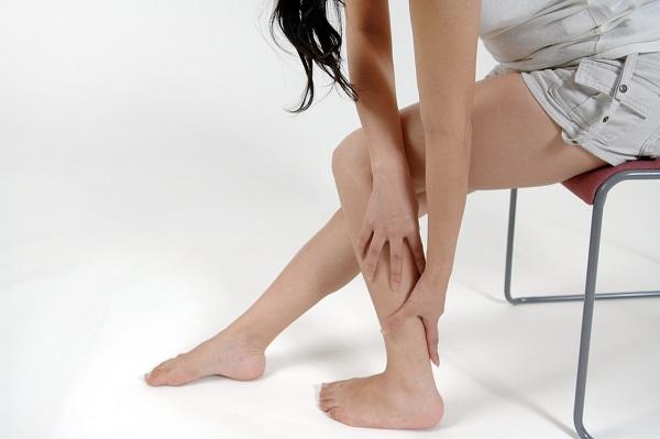 足のふくらはぎが痛い