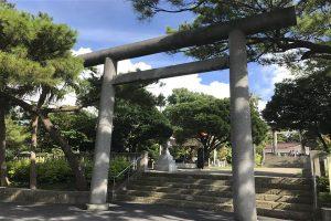 沖縄県護国神社 大きな鳥居