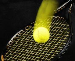 テニスのサーブの種類