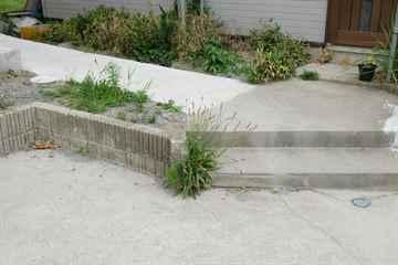 那珂川市 一軒家 庭の草引き|えびす造園