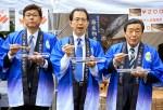 【食べて応援】農水省で福島県産の食品を販売するフェア:開始1時間でサンマ・焼きそばなど120食が完売。