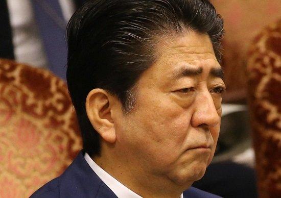2018/06/23(土)プチニュース「改憲、安倍首相もくろみ外れる=議論停滞、年内発議も困難か」など
