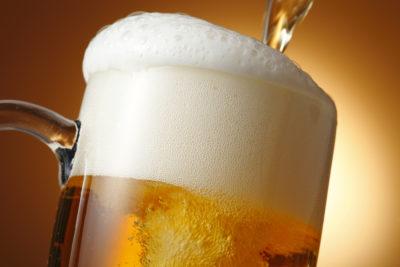 【朗報】ビールに意外な健康成分が「肝臓肥満を予防」「体重増加を予防」しかし・・