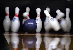ボウリングのストライク