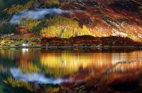 las tierras altas de escocia en otoño, la tierra de Highlander, del clan MacLeod