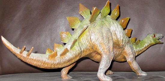 juguete-dinosaurio-estegosaurio-plastico-2